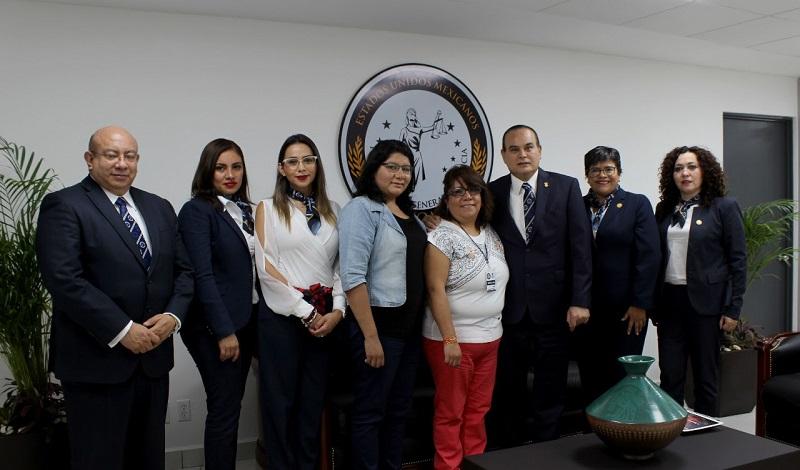En una reunión enmarcada en la conmemoración del Día Internacional de la Mujer, el titular de la PGJE, José Martín Godoy Castro, agradeció a la presidenta de Humanas Sin Violencia la coordinación y disposición de colaborar con la institución