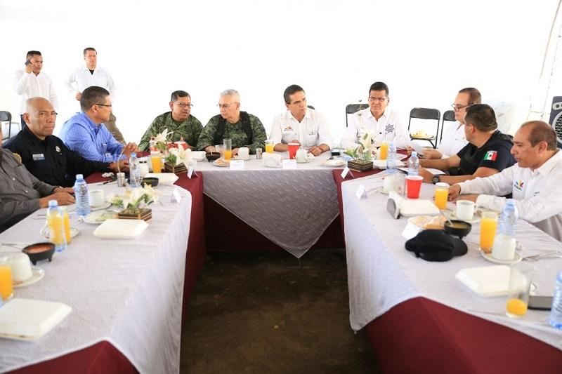 El mandatario estatal presidió este sábado en la Comunidad Modelo de Pinzándaro, la reunión del Grupo de Coordinación Michoacán