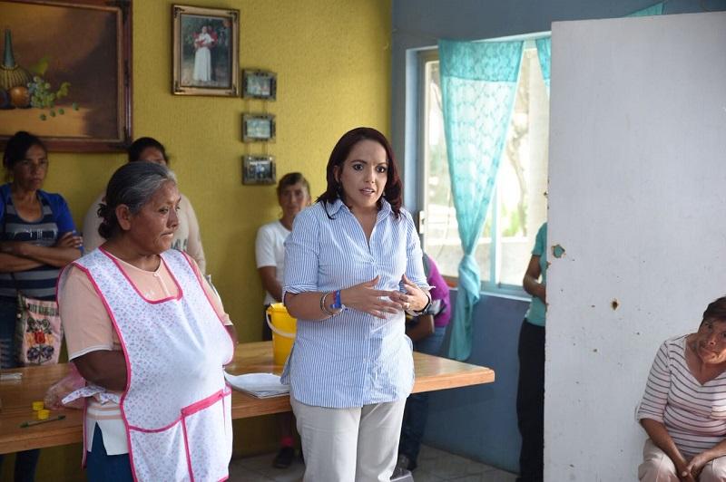 Hay un importante rezago en el trámite de iniciativas que son fundamentales para el desarrollo de la entidad, señaló Villanueva Cano