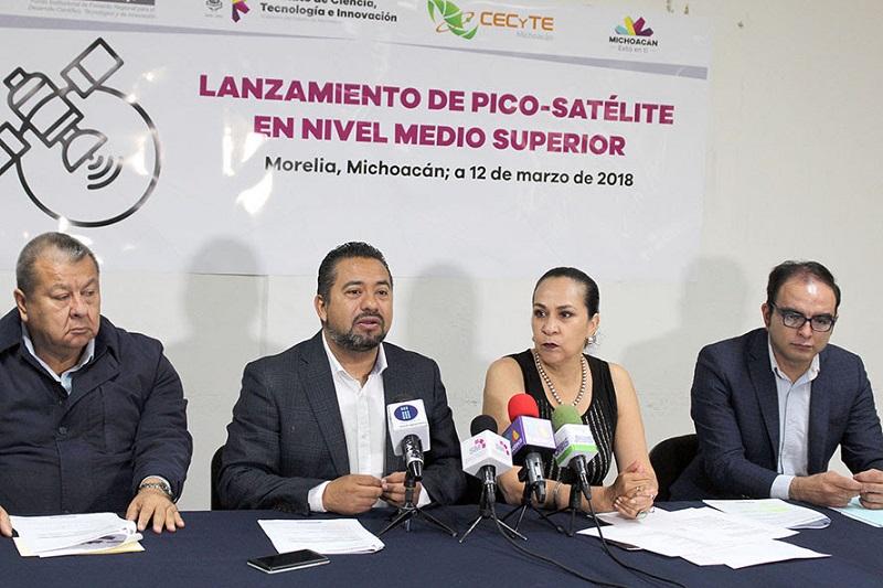 Los lanzamientos se llevarán a cabo en cinco puntos representativos de la entidad, del 21 al 23 de marzo, detallan el titular del ICTI, José Luis Montañez, y la directora general del CECyTEM, Carmen Escobedo