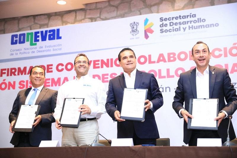 Reconoce el secretario ejecutivo de Coneval trabajo del Gobierno de Michoacán para disminuir pobreza y rezagos