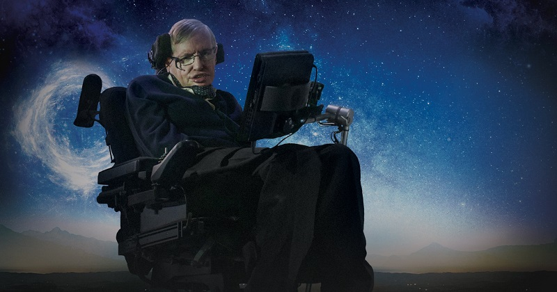 Nació el 8 de enero de 1942 en Reino Unido y se convirtió en una de las figuras más influyentes en el mundo de la ciencia, no solo como teórico y astrofísico, sino también como divulgador científico