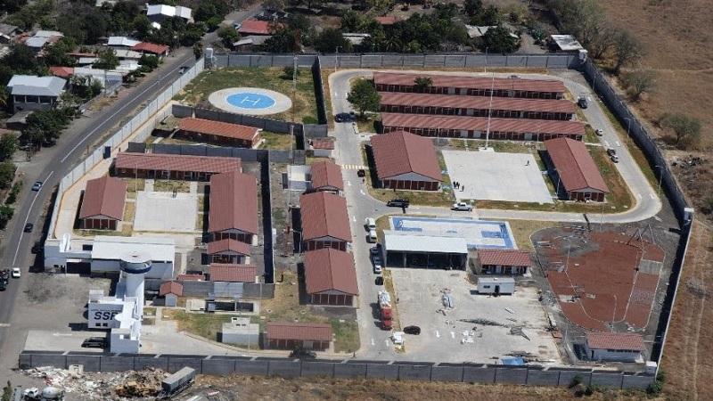 A la fecha, ha sido inaugurada la Unidad Regional Huetamo, y están por ser inauguradas las de las regiones Apatzingán y Jiquilpan