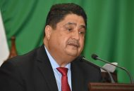 Figueroa Ceja recordó que las reformas expuestas en su iniciativa señalan que el Ejecutivo del Estado, además de autorizar permutas definitivas del cargo notarial, también podrá realizar el cambio de residencia y adscripción de distrito judicial