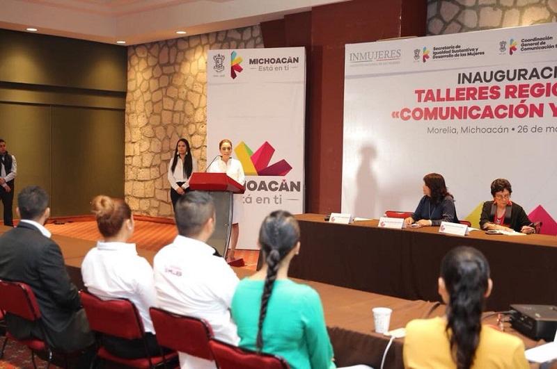 El curso, impulsado por la Seimujer y la CGCS, es impartido por la periodista Sara Lovera como parte de los trabajos para la implementación del Observatorio Estatal de Medios de Comunicación