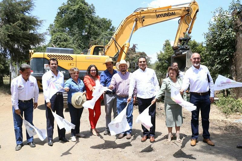 Arranca también la construcción del tramo carretero San Juan de Viña a Plan de la Cárcel, que tendrá una aportación de 15 mdp