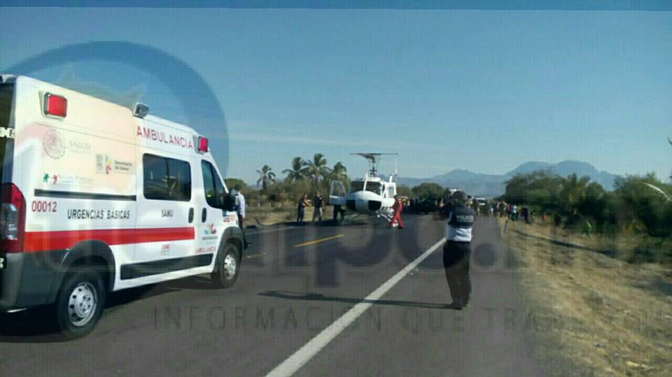 Al arribar, el personal confirmó que se trató de un choque entre una camioneta y un vehículo particular, saliendo 5 personas lesionadas, dos de las cuales se encontraban graves