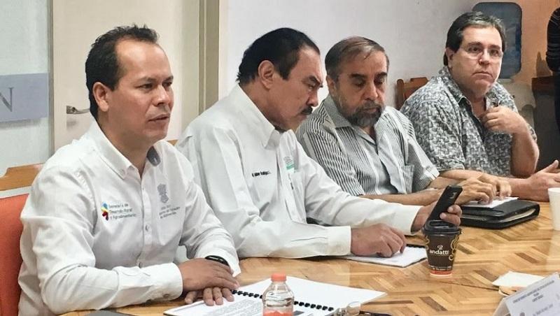 Con el cumplimiento de las leyes y normas establecidas se da orden y certidumbre a programas en favor del campo, destaca el secretario Rubén Medina Niño