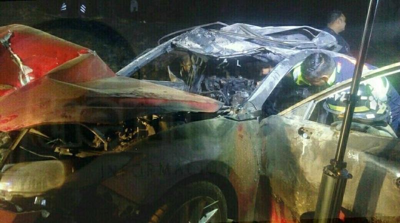 En el interior del vehículo Mazda se encontraban 5 personas calcinadas sin vida y estaban prensadas