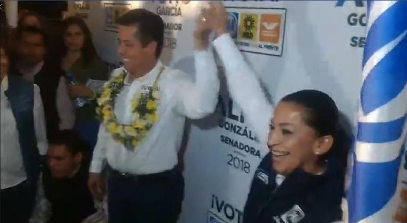 """Los candidatos de la coalición """"Por México al Frente"""" iniciaron campaña en el Obelisco al General Lázaro Cárdenas de la ciudad de Morelia"""