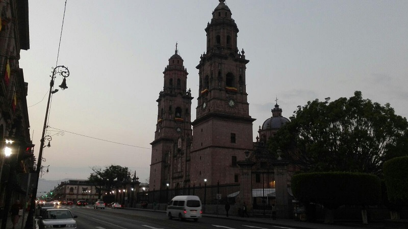 Los inconformes enviaron un posicionamiento al entonces Presidente Municipal, Alfonso Martínez Alcázar el pasado 7 de mayo mediante el cual, se dijeron en desacuerdo por la propuesta presentada al Cabildo de la entrega post mortem