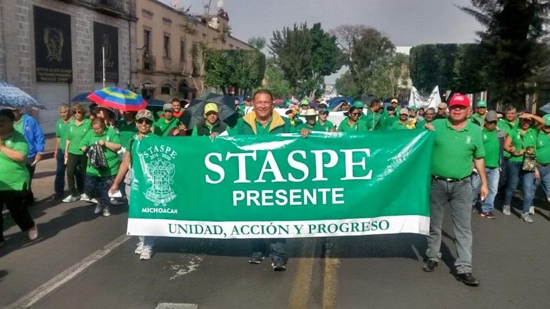 Varios miles de manifestantes marcharon este 1 de mayo en Morelia