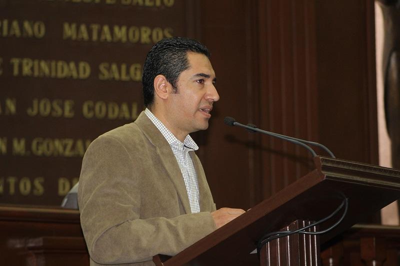 García Maldonado afirmó que el desarrollo del ser humano no es posible sin la protección y ejercicio pleno de los derechos económicos, sociales y culturales