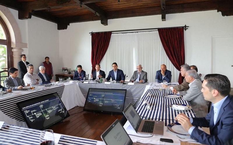 El mandatario estatal afirmó que las empresas michoacanas tendrán cabida y participación en este proyecto que es de alcance regional y nacional