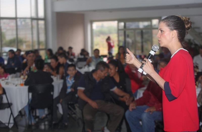 Yo estoy segura que ustedes saben cuáles son los males entre los morelianos como la inseguridad que también la padecen, el desempleo y la falta de servicio públicos: Daniela de los Santos