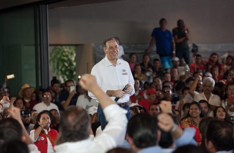 Al reunirse con un grupo de migrantes de varias partes del país y con simpatizantes priístas de Michoacán, el abanderado del PRI, Partido Verde y Nueva Alianza dijo que faltan dos tercios de la campaña