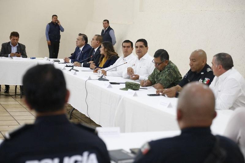Aureoles Conejo sostuvo un encuentro con integrantes de los medios de comunicación de la región de Zitácuaro