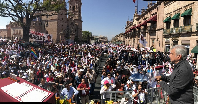 Morena arrancará el primer minuto de este 14 de mayo con una ofrenda floral al general Morelos y a las 17 horas de ese día con un evento masivo en el Centro de Convenciones en donde participarán el candidato a la alcaldía y los cuatro contendientes por los distritos morelianos