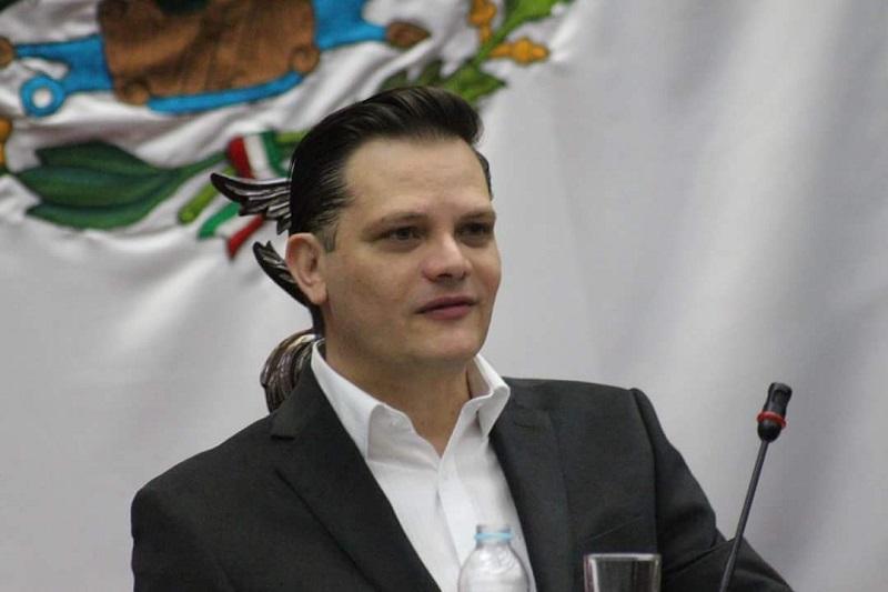 Gómez Trujillo hizo hincapié en la revisión puntual  del presupuesto de la Universidad Michoacana, puesto que ésta depende en un 70% del recurso que le destina la Federación