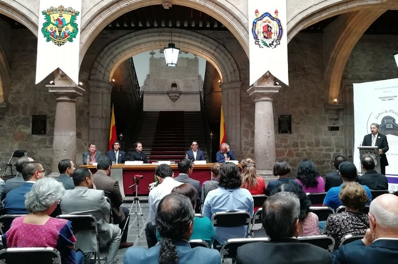 En su intervención, el regidor Osvaldo Ruiz Ramírez reiteró que el apoyo a la Universidad Michoacana de San Nicolás de Hidalgo es un deber de todo nicolaita