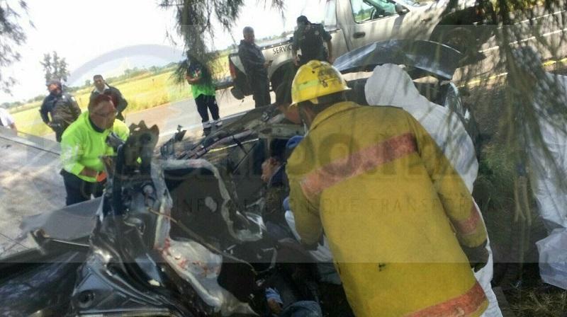 El lamentable accidente ocurrió minutos antes de las 11:00 horas; el vehículo siniestrado era un Honda tipo Accord, de color arena, con placas de circulación JKJ-9376 del estado de Jalisco