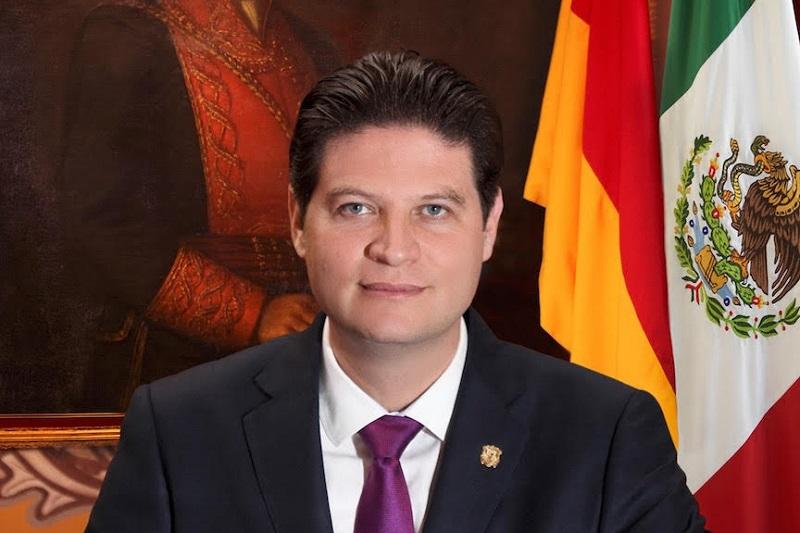 Miriam Alarcón, que venía cobrando como directora de Comunicación del Ayuntamiento de Morelia renunció a su cargo para irse como vocera de Martínez Alcázar