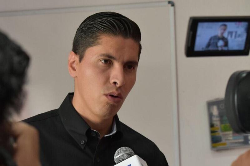 """""""Es urgente que las autoridades competentes puedan plantear alternativas de solución al conflicto que se vive en esta región del Estado, por el bien de la vida democrática y pacífica de Michoacán"""", señaló el coordinador estatal de Movimiento Ciudadano"""