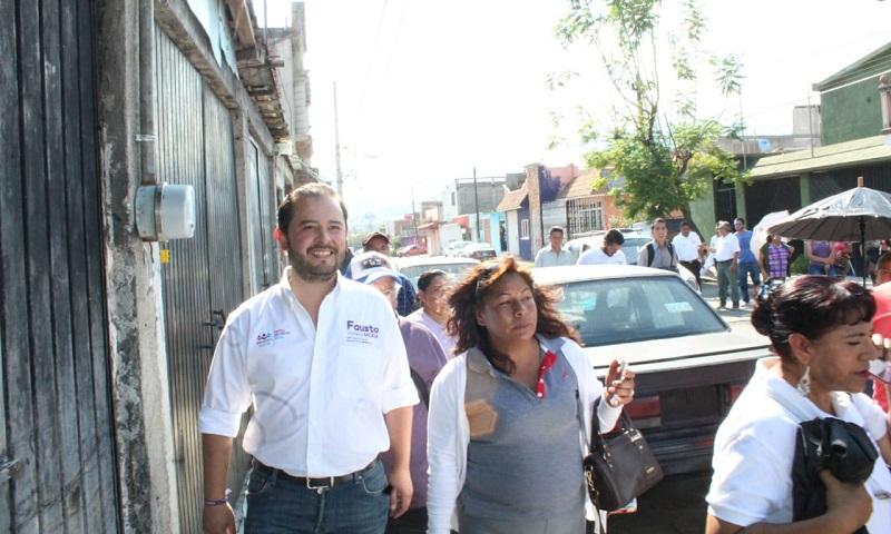 """""""Yo no soy un hombre de promesas, soy un hombre de hechos, un candidato cercano a la gente"""": Vallejo Mora"""