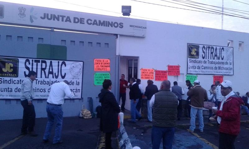 Los manifestantes exigen una reunión de trabajo con el Secretario de Gobierno, Pascual Sigala