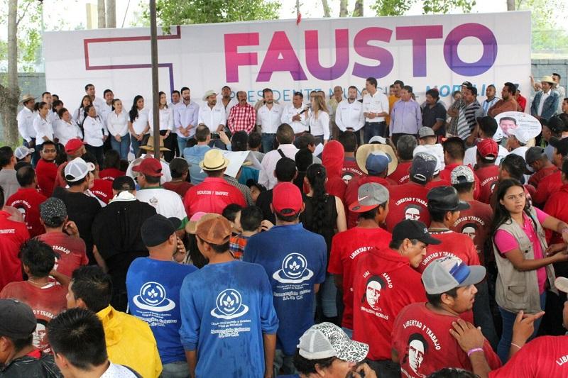 """""""Su trabajo dignifica a Morelia y lo que a las autoridades nos queda es dignificar su trabajo"""", remarcó Fausto Vallejo Mora, candidato a diputado local por el Distrito 10 de Morelia"""