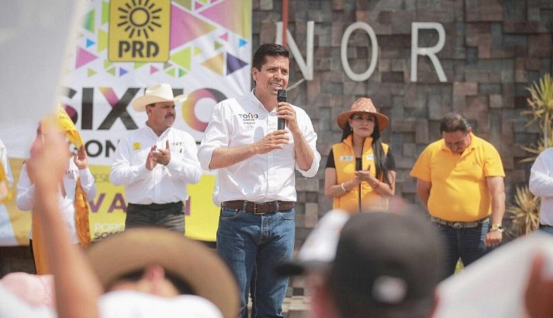 """""""Si comenzamos a respaldar a los emprendedores podremos ofréceles más oportunidades de desarrollo a las y los michoacanos que hoy se enfrentan a una considerable problemática de desempleo"""", puntualizó García Conejo"""