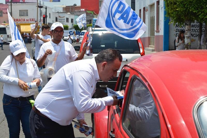Carlos Quintana ofrece que de ser favorecido con el voto de la ciudadanía, iniciará con una estrategia que mostrará resultados contundentes