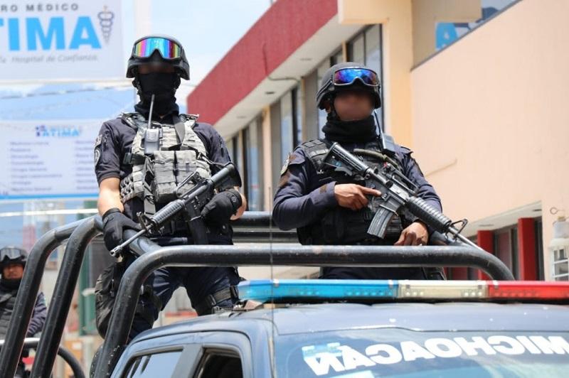 Derivado de estas acciones, en las últimas 24 horas los uniformados han remitido tres vehículos al corralón y a siete personas al área de barandilla