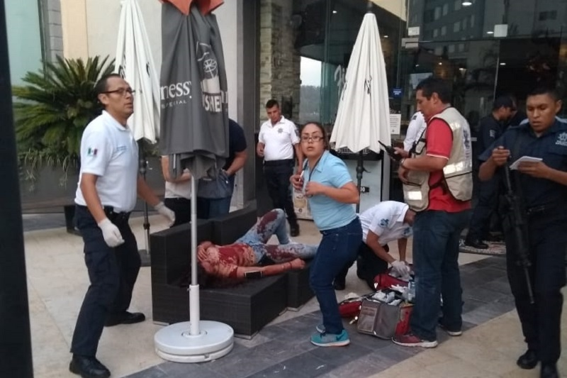 Indicaron autoridades que los tres ejecutados eran familiares y originarios del municipio de Apatzingán, siendo trasladados al Servicio Médico Forense en espera de que sean identificados