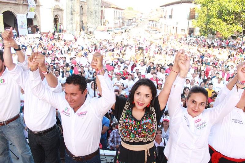 En el acto que marco el arranque de campaña del candidato a presidente  municipal de Pátzcuaro, Jorge Gonzáles Escalera, la abanderada al Senado dijo que llego el momento de que juntos rescatemos el valor de la palabra