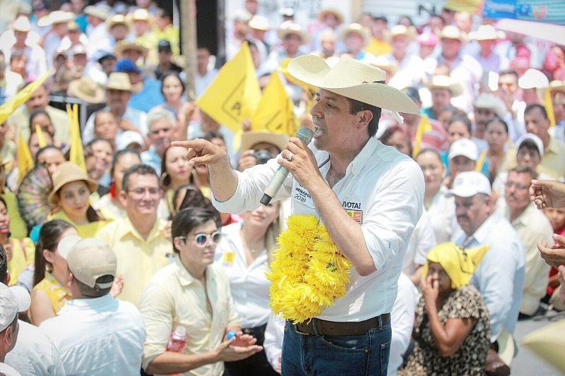 De gira por el municipio de Huetamo, García Conejo anticipó que se valdrá de su experiencia como legislador local y federal para promover gestiones orientadas a fortalecer la producción agrícola