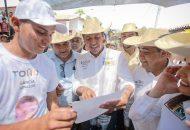 La idea de construir una presa en el municipio de Carácuaro, explicó, se sustenta en la necesidad de que los productores de la región cuenten con las herramientas necesarias para mejorar la calidad de sus cosechas
