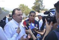 En cuanto a la inseguridad, Carlos Quintana lamentó que la actual administración cierre los ojos a los graves problemas que hay en el municipio