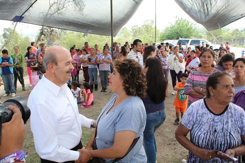 """Fausto Vallejo ha sido el único alcalde que verdaderamente mejoró las condiciones de la localidad"""", reconocen lugareños de Uruapilla"""
