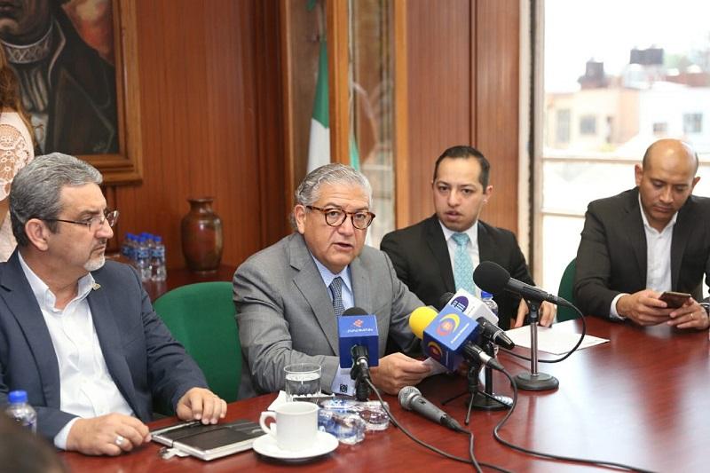 Dicho proceso no representará un endeudamiento adicional, ya que los nuevos créditos se destinarán a la liquidación total de la emisión bursátil