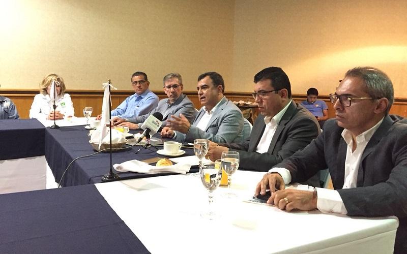 Constantino Ortiz anunció que se coordinará con los gobiernos municipales de Tarímbaro y Charo para crear un plan de desarrollo urbano y conurbado para la creación de vialidades, alumbrado y obras de gran magnitud