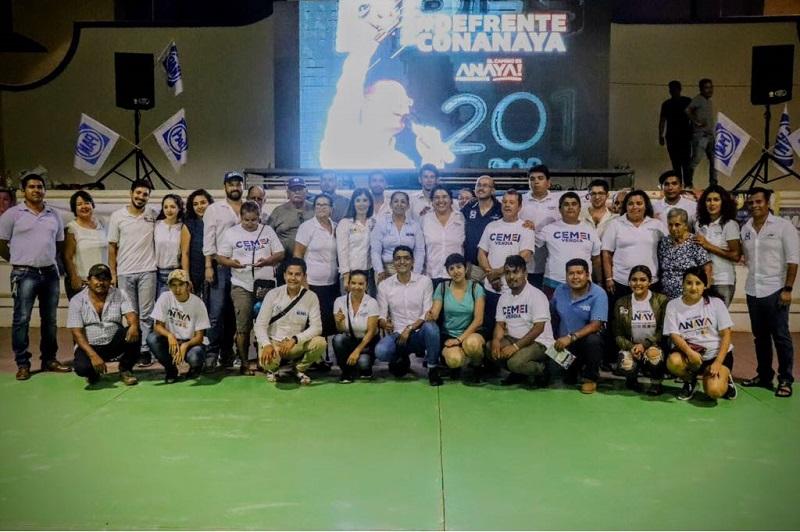 """Hinojosa Pérez dijo que los indecisos y los jóvenes que votarán por primera ocasión aseguraron ya su voto por el Frente, pues México necesita un Presidente """"sin disparates"""", que ponga el acento en la prevención a la violencia, mejorar la calidad educativa, fortalecer las economías y dar valor al país en el que vivimos"""