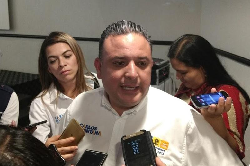 Por lo que se refiere a sus propuestas, Carlos Quintana indicó que se requiere mayor capacitación, así como mayor inversión en tecnología, en videocámaras de vigilancia y equipamiento para hacerle frente a los grandes problemas de inseguridad