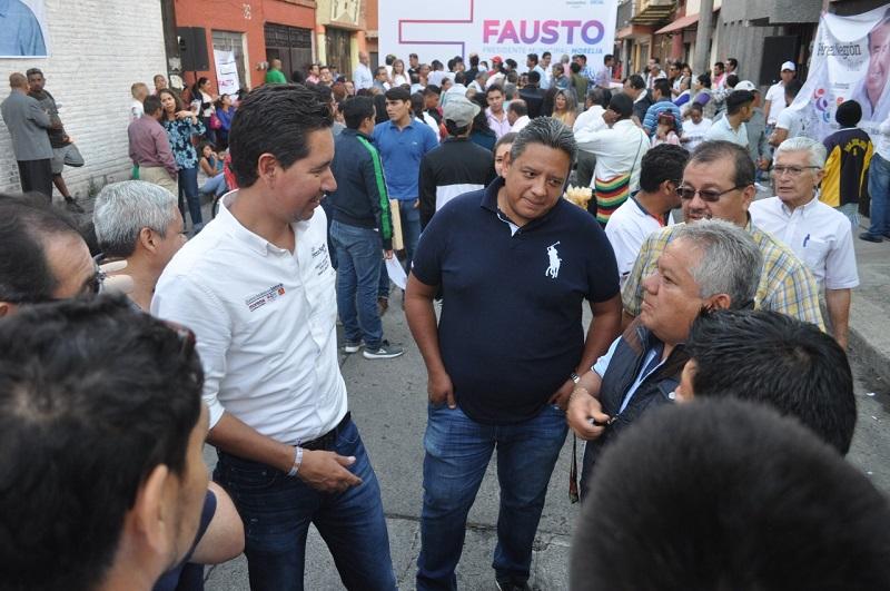 Pérez Negrón Ruiz dijo que va a gestionar recursos para que todos los hogares morelianos tengan agua de calidad, para que no haya ninguna persona intranquila por la inseguridad