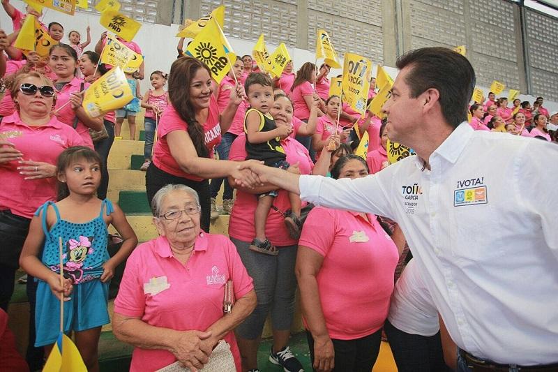 Antonio García Conejo se comprometió a velar por los derechos de las mujeres y a impulsar políticas públicas que garanticen su desarrollo y bienestar