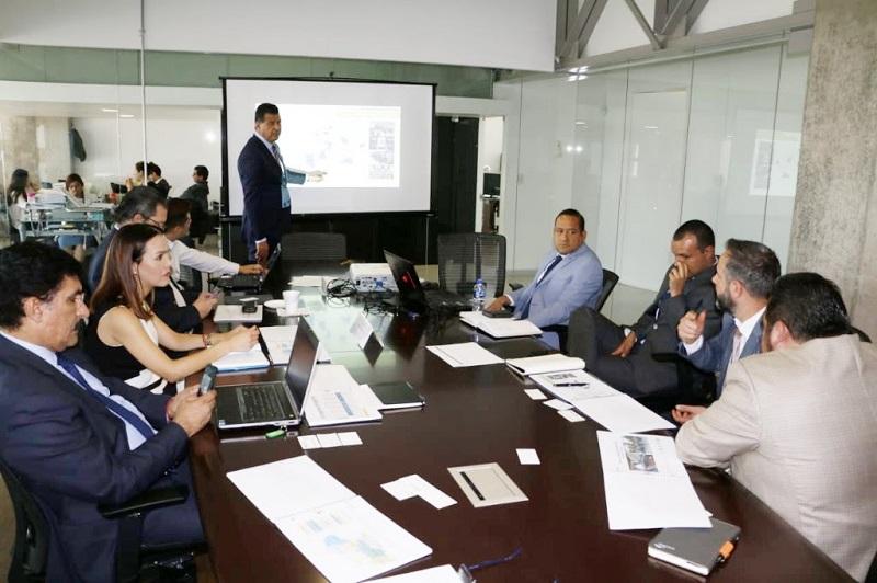 El titular de la SSP, Juan Bernardo Corona, desglosó ante autoridades federales y ejecutivos de Arcelor Mittal las estadísticas que demuestran que la incidencia delictiva va a la baja