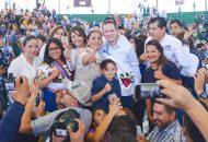 Ricardo Anaya se compromete a construir una carretera de Uruapan a Zamora y La Piedad Sahuayo