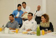 """""""La Policía Michoacán trabaja permanentemente de la mano con autoridades de los tres órdenes de Gobierno, logrando la sinergia que nos permite combatir a la delincuencia de forma eficaz; en eso estamos y no vamos a bajar la guardia"""", señaló Corona Martínez"""