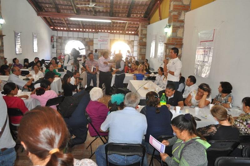 Como ciudadanos tenemos el derecho de contar con servicios municipales de calidad: Iván Pérez Negrón