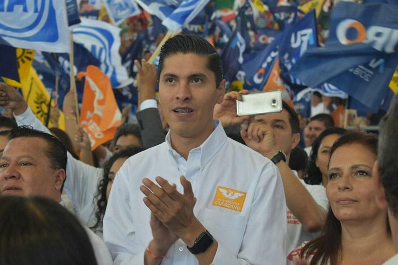 Paredes Andrade remarcó que la decisión que está por tomarse por parte de los ciudadanos es fundamental para poder dar pasos contundentes para erradicar, de una vez por todas, la violencia y la inseguridad que tanto afectan al país